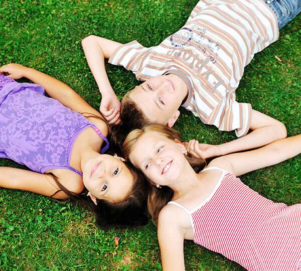Ways to raise happy kids