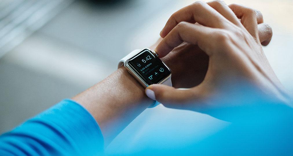 apple watch on woman wrist
