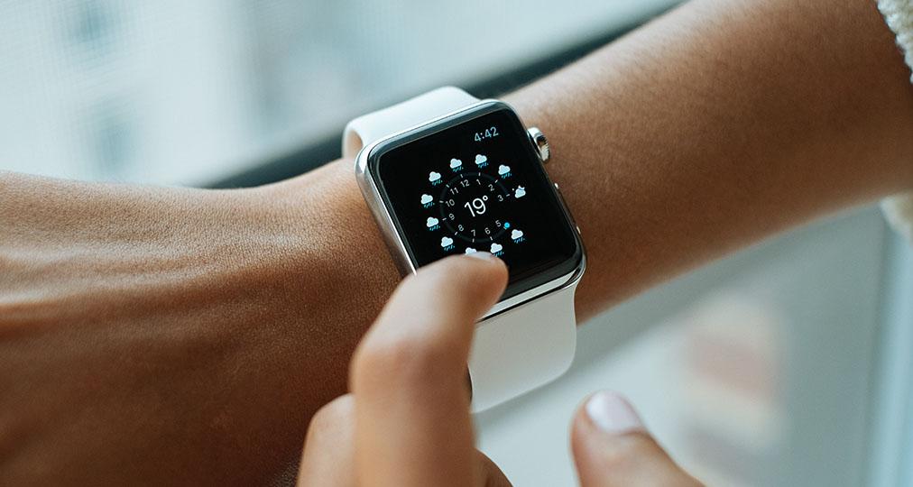 apple watch on woman's wrist