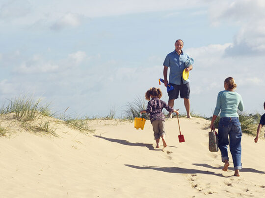 How to have an amazing time with kids at the beach