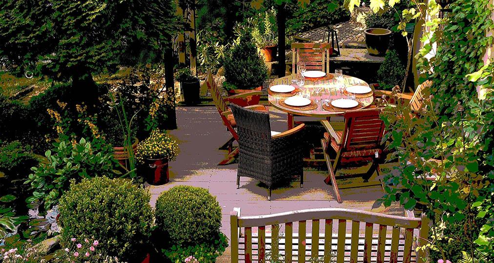 garden flowers plants furniture