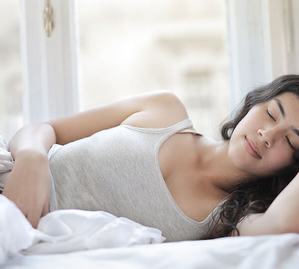 How to fall asleep earlier and faster: the ultimate guide