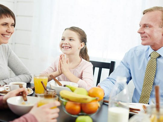 How to discuss the importance of healthy eating with teens