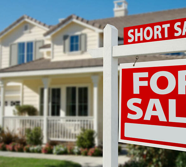 Smart ways to sell a home faster