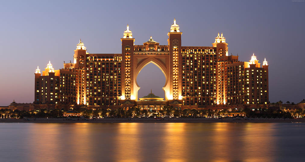 luxurious hotel dubai