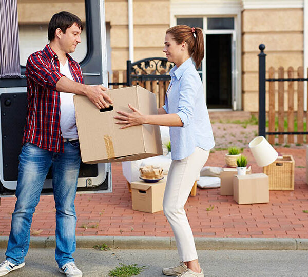 Factors to consider when hiring a local moving service