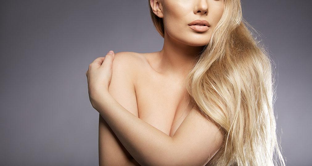 naked woman sensual posture