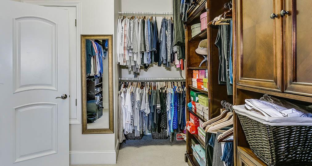 super organized dressing